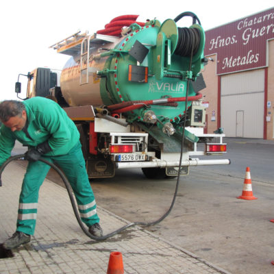 empresas-servicio-desatascos-limpieza-desagues-fosas-septicas-arquetas-inspeccion-instalaciones-urgencias-24-horas-valencia-3